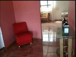 ; Casa belíssima localizada em Castanheira