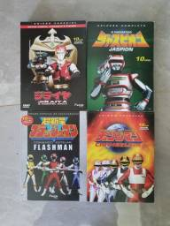 Vendo séries japonesas.