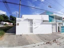Casa com 3 quartos à venda, 90 m² por R$ 400.000 - Heliópolis - Garanhuns/PE
