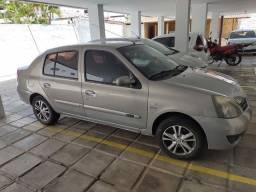 Clio sedan Egeus Hi-flex 1.6, 16V, 4P.