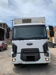 Ford Cargo 1519 Baú Frigorifico
