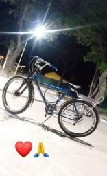 Bicicleta Monark toda equipada ? Obs: leia a descrição