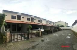 Casa duplex 150m em Condomínio