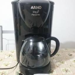 Cafeteira Arno SBS-SC