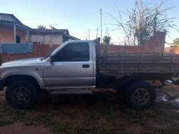 Hilux cabine simples - 2004