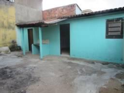 Casa  com 1 quarto - Bairro Cidade Jardim em Goiânia