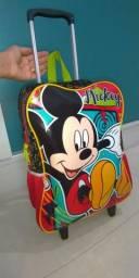 Mochila de rodinhas do Mickey marca SESTINI