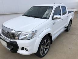 Toyota Hilux Srv 2.7 flex 4x2 automática 2014/15 - 2015