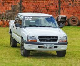 S10 Colina 2.8 Diesel ano 2005 R$ 32 mil - 2005
