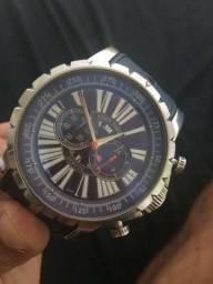 Relógio Roger Dubuis por 350$