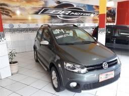 Volkswagen Crossfox 1.6 mi 8v flex 4p manual - 2014