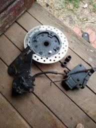 Sistema de freio a disco traseiro