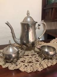 Vendo jogo de chá prata pura