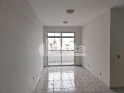 Apartamento para alugar com 3 dormitórios em Santa maria, Uberlandia cod:476369