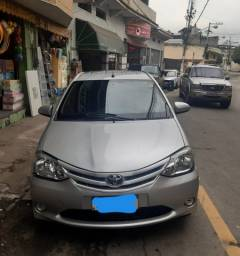 Toyota Etios 2014 - R$ 18.000,00