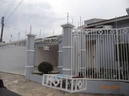 Vendo excelente casa em bairro nobre de Ourinhos