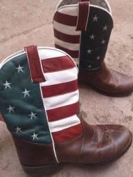 Estou vendendo bota texana usada numeração 41.