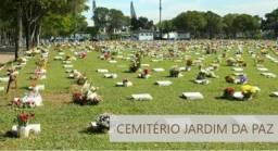 Jazigo (sepultura) no Cemitério Jardim da Paz de Laranjeiras - Serra
