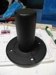Suporte de ferro para caixa de som (sub)
