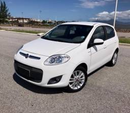 Fiat Palio Essence 1.6 . Completo . 2015