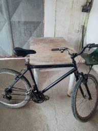 Bicicleta com Marcha e amortesedor