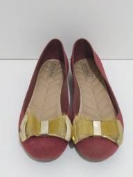 Título do anúncio: Sapatilha vermelho com lacinho dourado