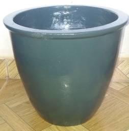 Título do anúncio:  vasos de cimento para plantas