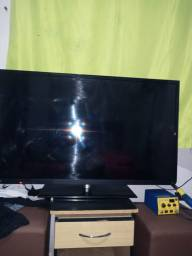 Título do anúncio: Vende uma tv semp tochiba muito linda 48 sera