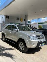 Título do anúncio: Toyota Hilux 2007 sw4 diesel 4x4