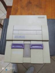 Vídeo Game Super Nintendo com 2 controles