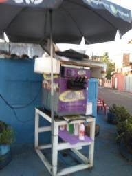 Máquina de sorvete expresso semi nova pouco usada