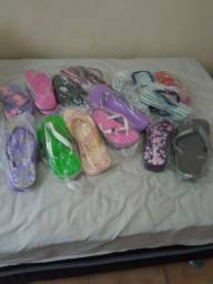 Vende-se sandálias