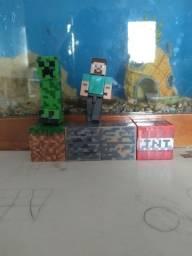 Kit com bonecos do Minecraft