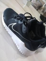 Tênis Nike Renew 39