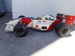Miniatura Réplica Ayrton Senna F1 anos 80