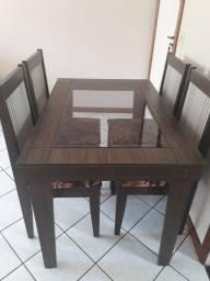 Título do anúncio: Mesa sala jantar e 4 cadeiras