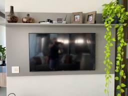 Painel MDF Cinza em laca para TV até 65 polegadas