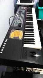 Vendo piano Kurzwell semi novo