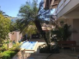 Título do anúncio: Casa a venda com piscina aquecida, varanda gourmet alto padrão em Uberaba Mg