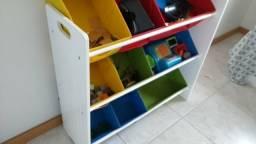 Estante organizadora infantil
