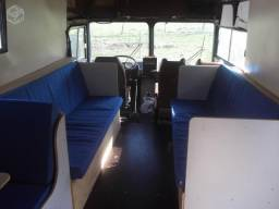 Ônibus tipo motorhome