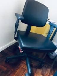 Cadeira escritório Cavaletti