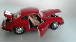 Miniatura escala 1:18 Porsche 356 B 1961 coupe vermelho da Burago