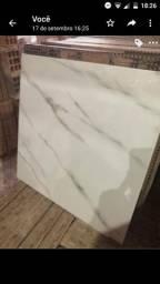 Vendo piso cerâmica branco marmore