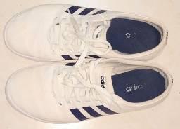 Higienização de calçados, tênis em geral no domicílio ou aqui.