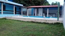 Casa com piscina em Bom Jesus