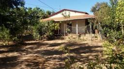 Vende-se chácara com casa pronta, de 40mx105m , localizada ribeiraozinho