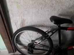 Bicicleta thunder novinha compra a alguns meses