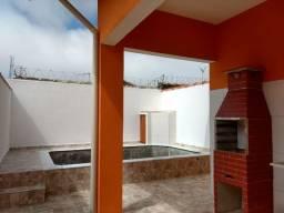 Casa nova com piscina em Itanhaém