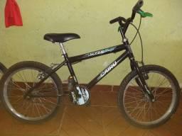 Bicicleta média